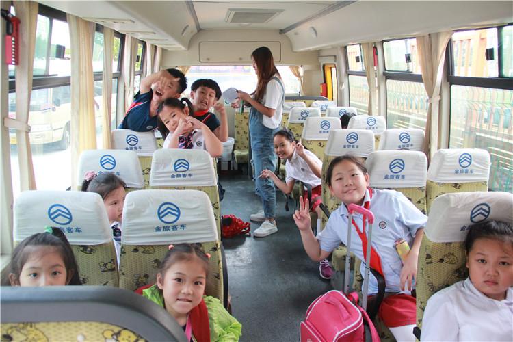 校车(图3)