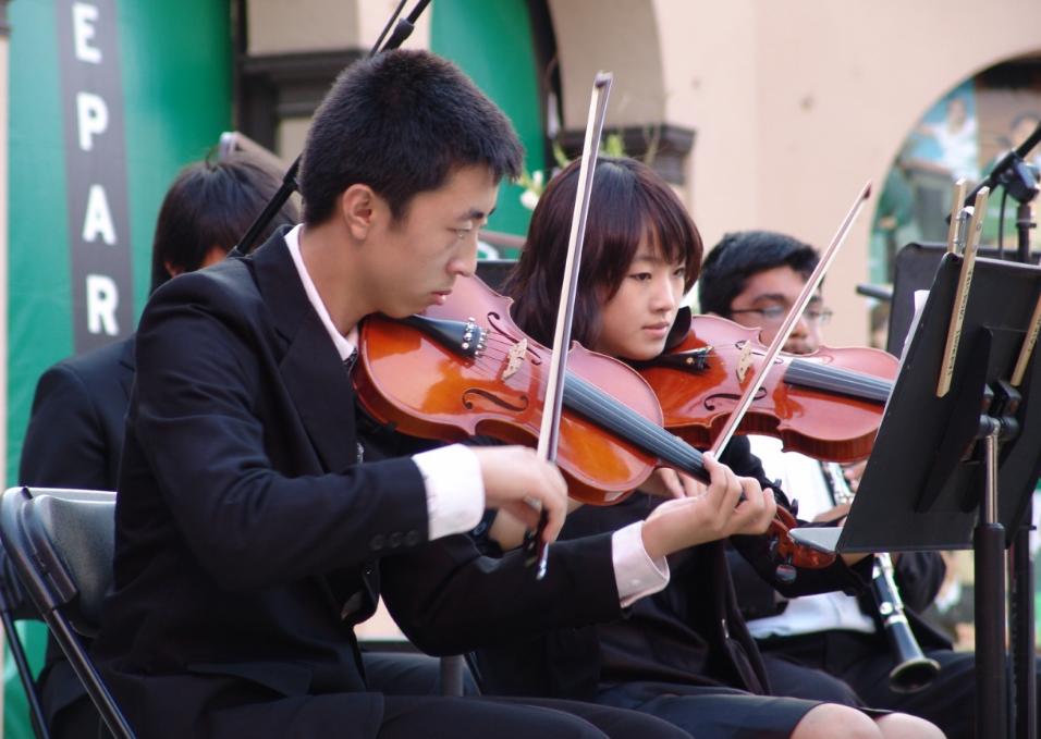 力迈国际学校乐队