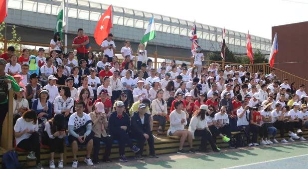 力迈中美国际学校运动会